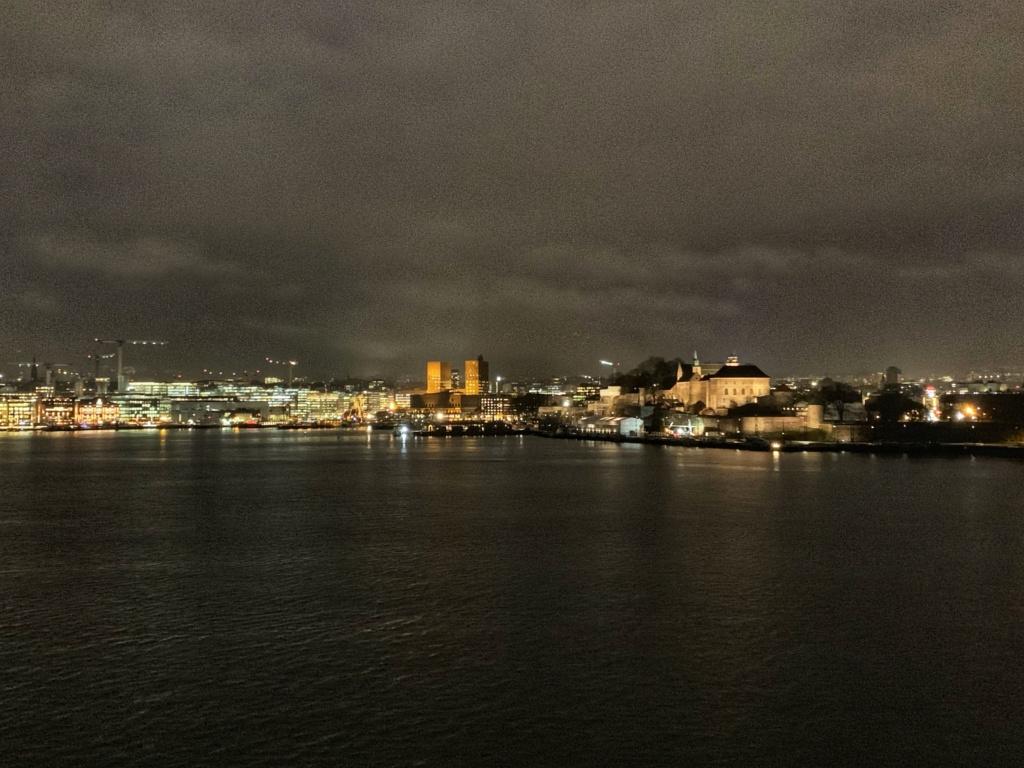 Stěhování z Osla do Prahy 8